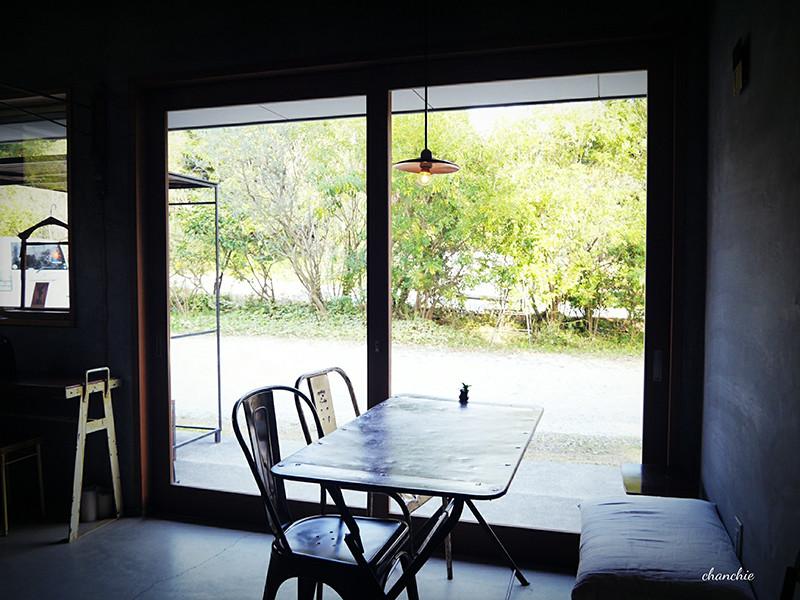 カフェ DENの外観