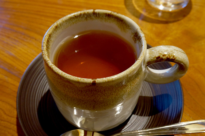 菜家吉(なかよし)食後の紅茶