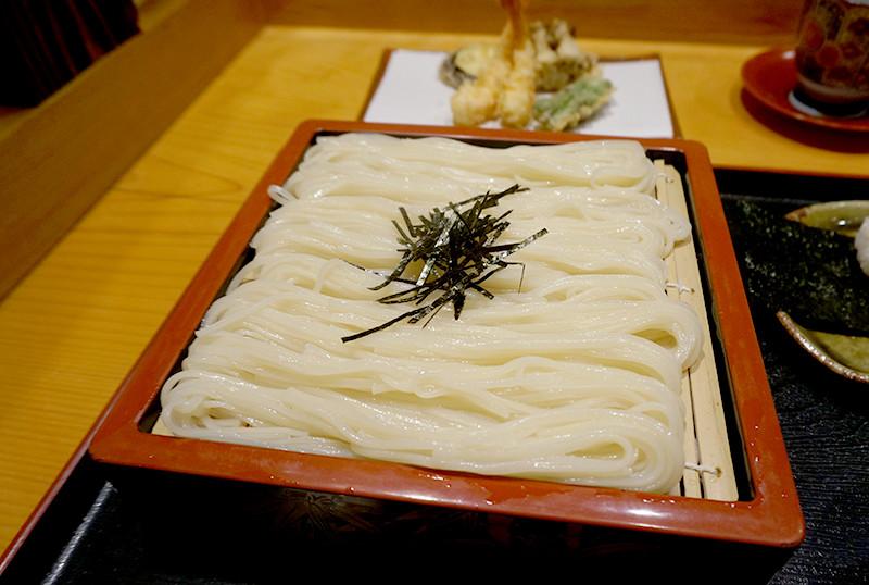 天ぷら専門店 天賀(てんよし)稲庭うどん全体