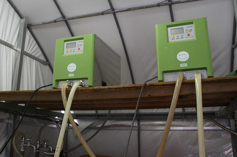 南国スタイルのハウスに設置されていた日本トリムの還元野菜整水器TRIM AGシリーズ