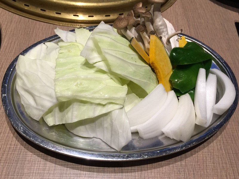 焼き肉なかごし 神田店の野菜の盛り合わせ