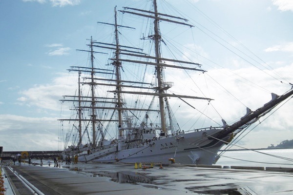 日本の誇る秀麗な練習帆船「海王丸」