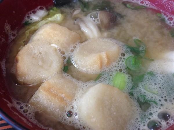 つばき食堂のお味噌汁