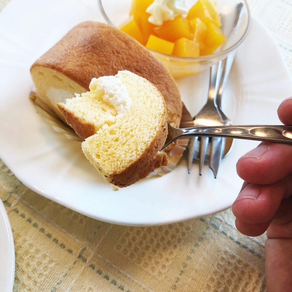 和風カフェはりまや橋ロールケーキ