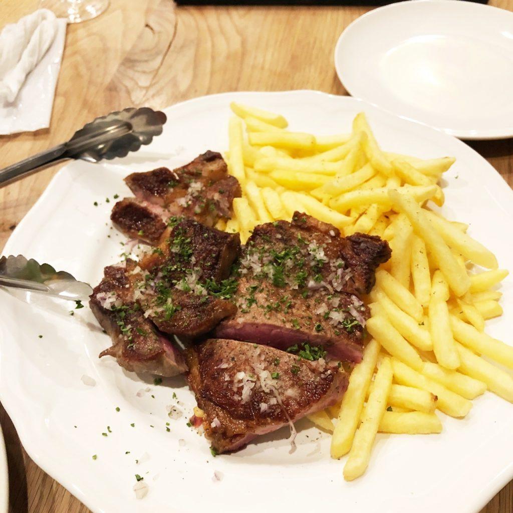 オーボンブリュイのステーキ